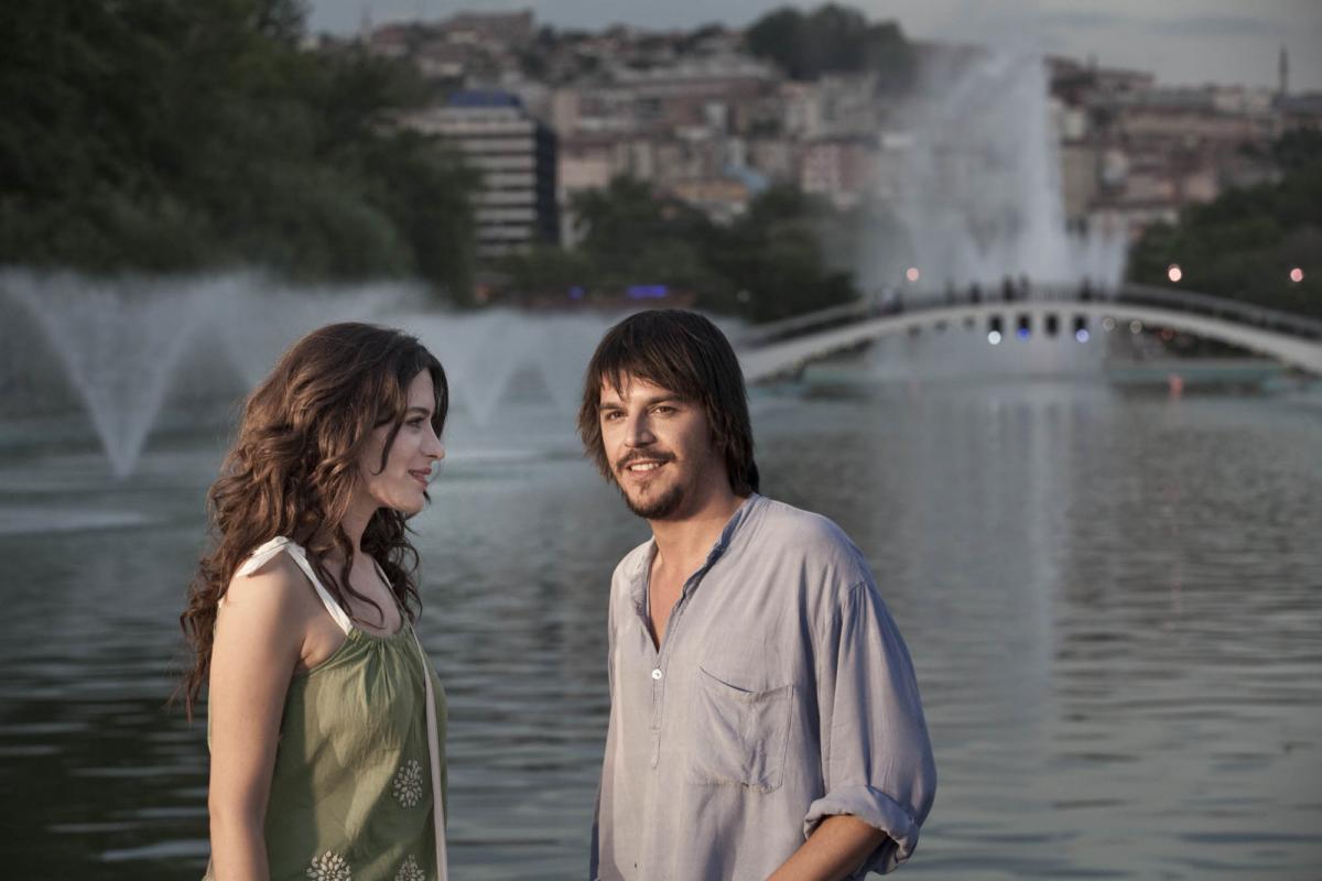 aşk tesadüfleri sever filmi