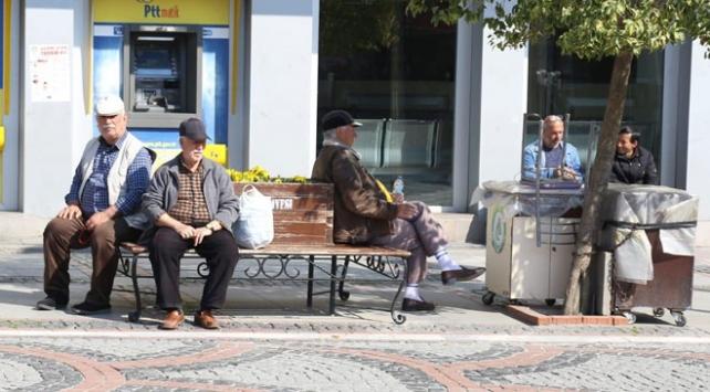 yaşlılara yardım