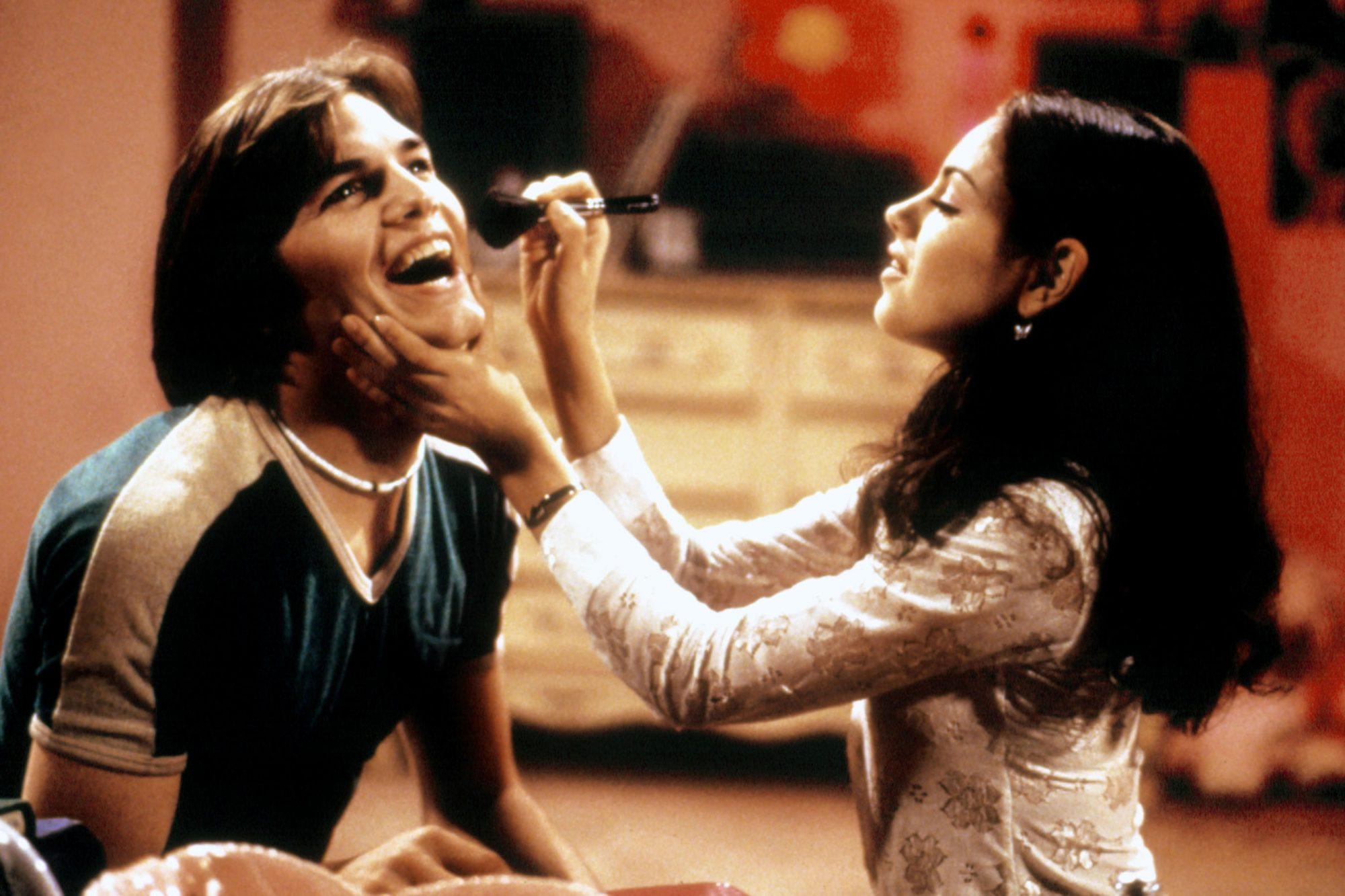 Mila Kunis ve Ashton Kutcher Thats 70s Show