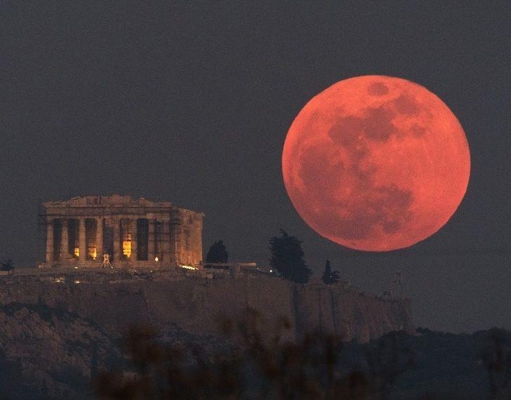 muhteşem doğa olayları Kanlı ay hakkında bilgiler