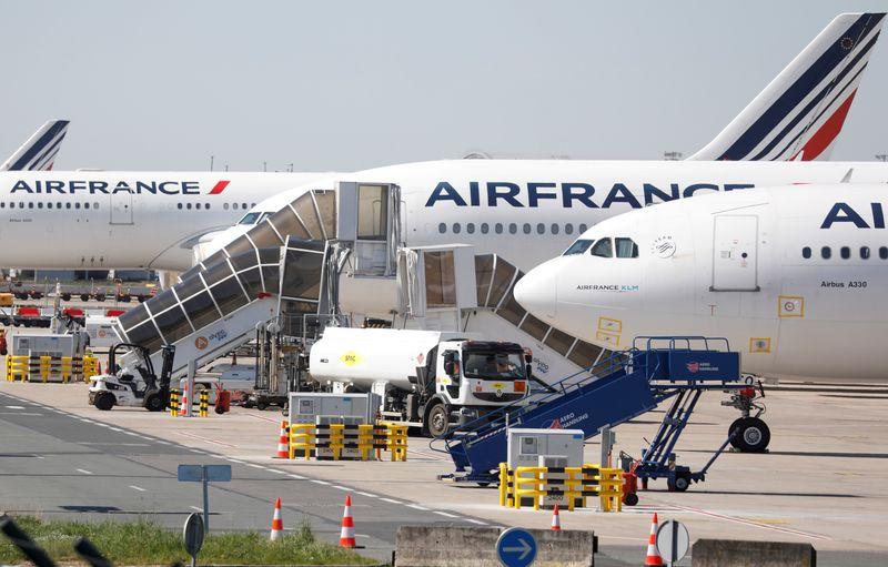 uçaklarda corona
