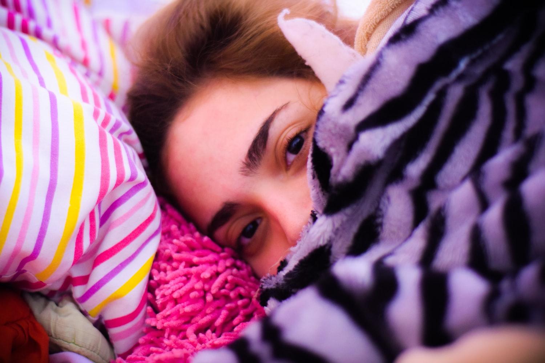 örtü olmadan uyuyamama
