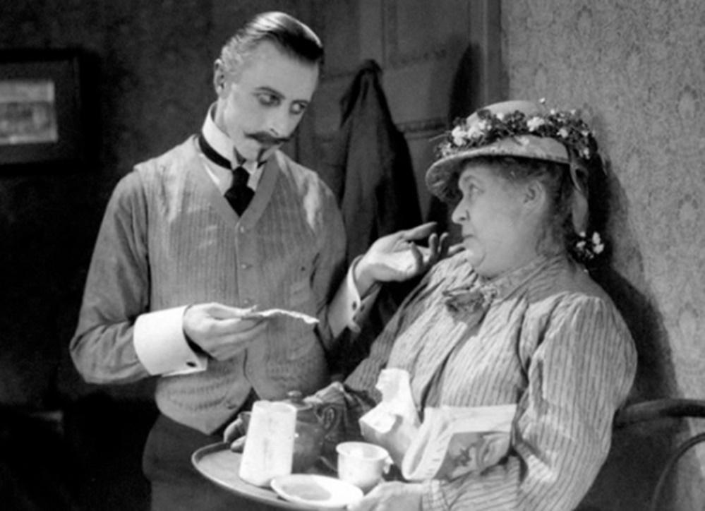 Alfred Hitchcock'un ilk filmi