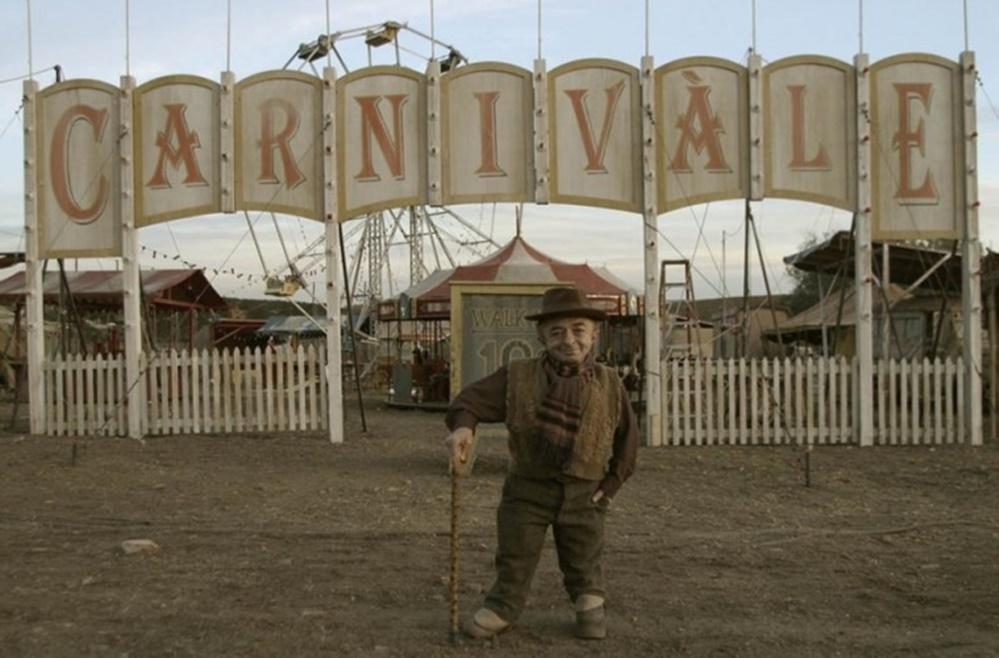 Tatilde izlenecek dizi önerileri Carnivàle dizisi