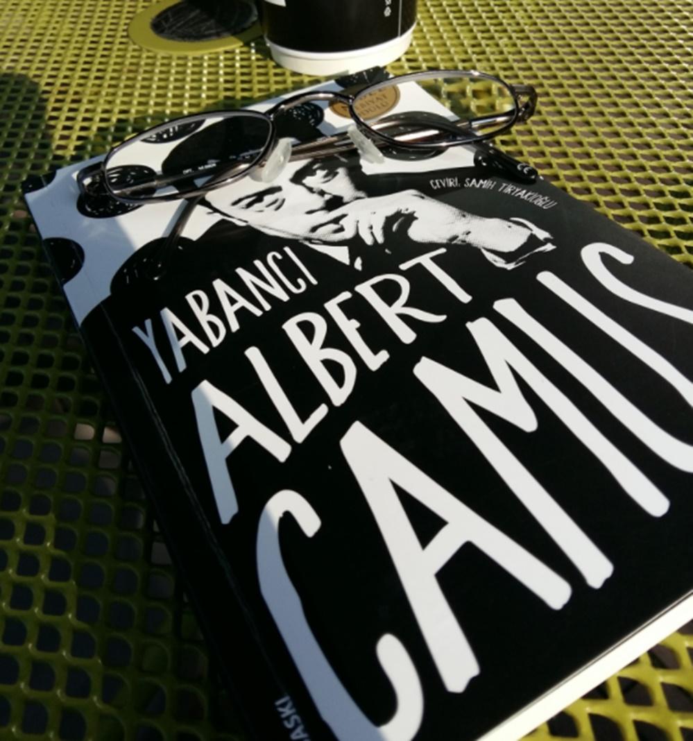 Albert Camus kitapları Yabancı adlı kitap