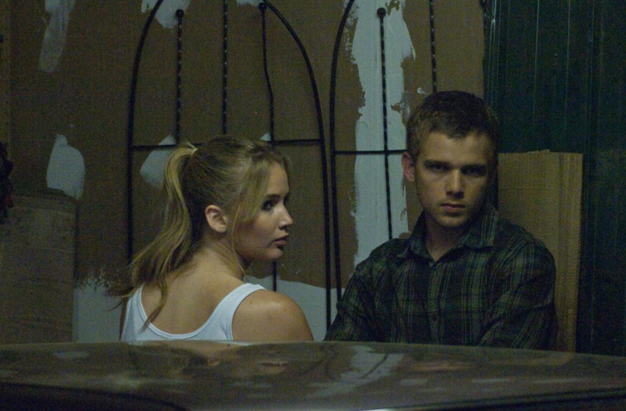 Sokağın Sonundaki Ev (2012)