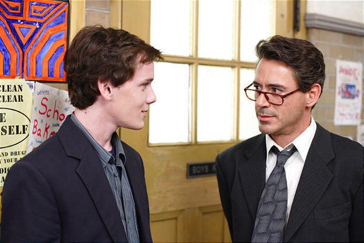 Robert Downey Jr filmleri Charlie İş Başında