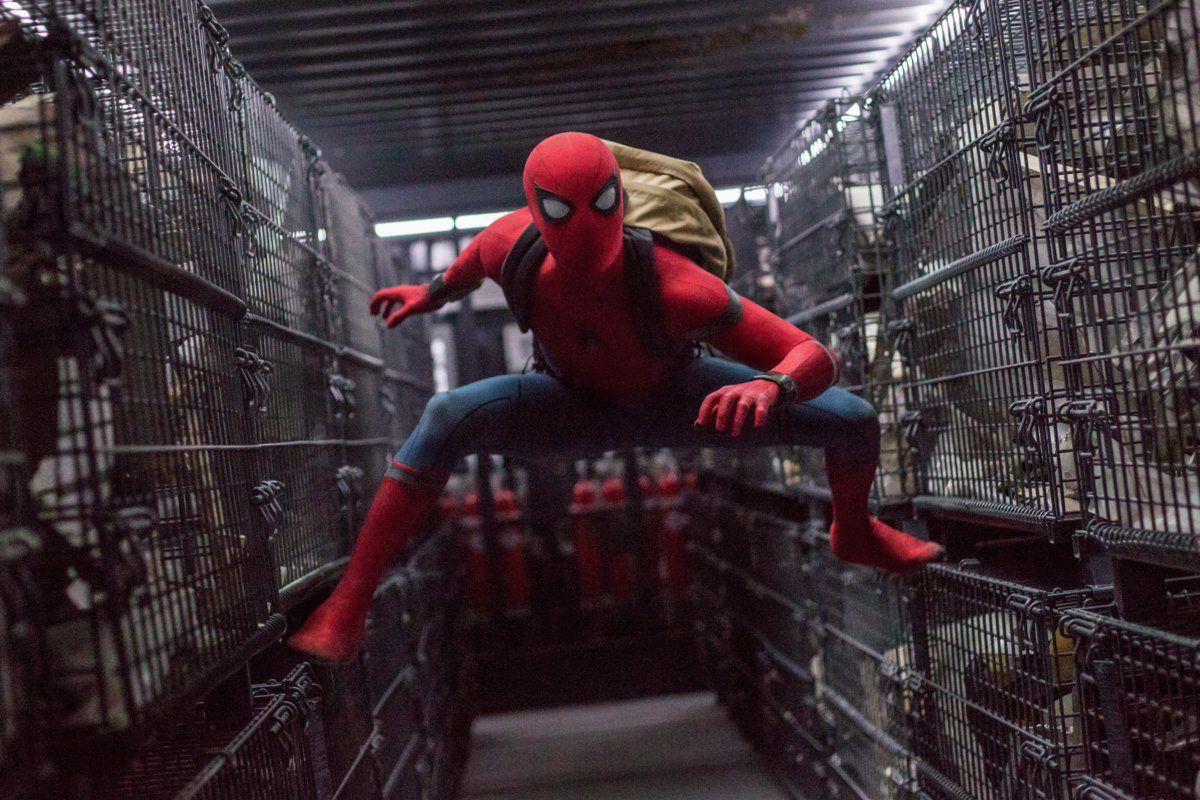 Robert Downey Jr filmleri Örümcek-Adam: Eve Dönüş