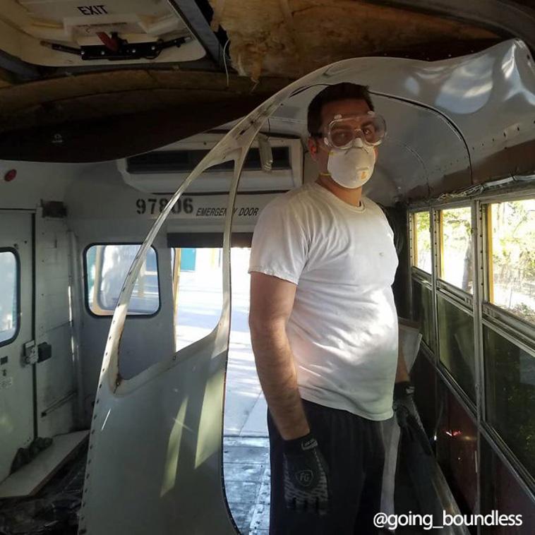 Okul Otobüsünü