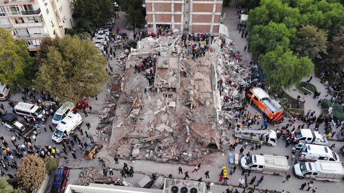 İzmir'de yaşanan deprem