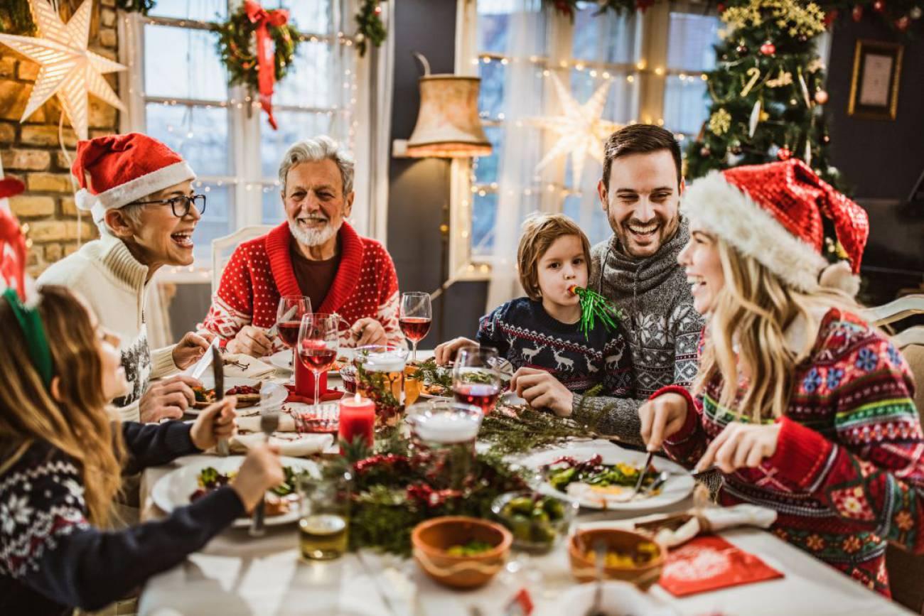 Ailecek sohbet etmek
