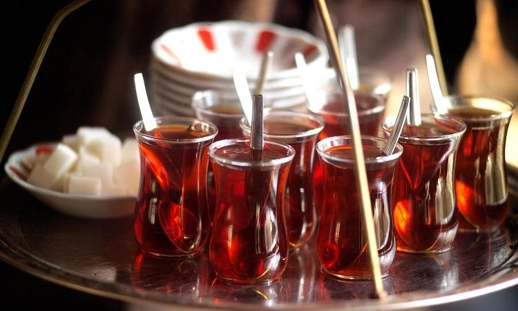 popüler içecek çay su