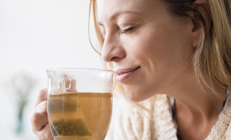 çay hakkında bilinmeyenler listelist yeşil çay siyah çay faydaları zararları