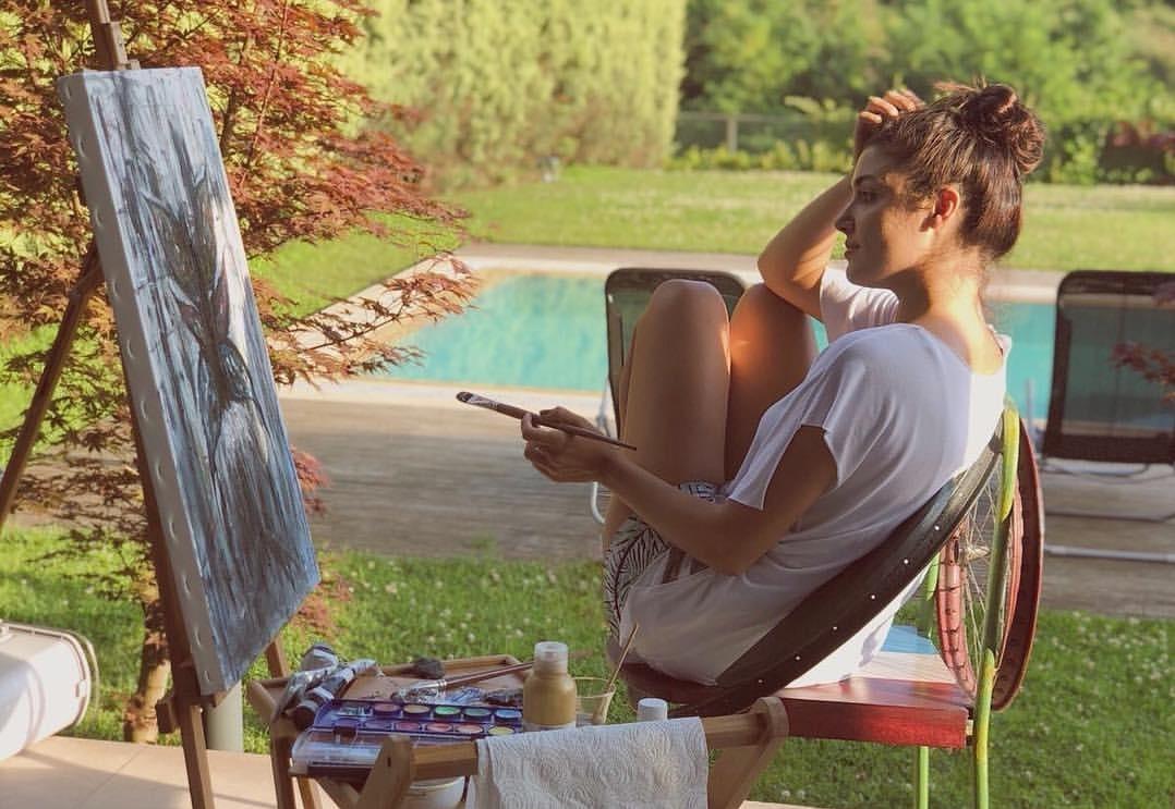 mimar sinan güzel sanatlar fakültesi hande erçel güzellik yarışması listelist