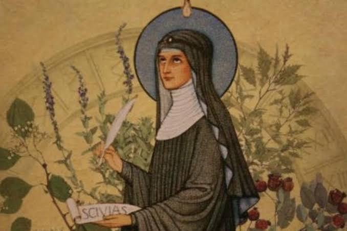 Bingenli Hildegard felsefede kadın filozoflar listelist