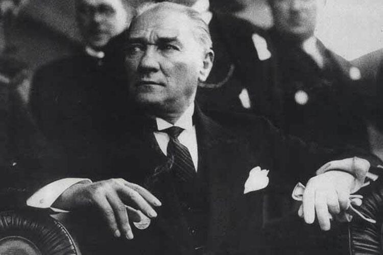 Mustafa Kemal Atatürk dünyada tanınmış Türk liderler listelist