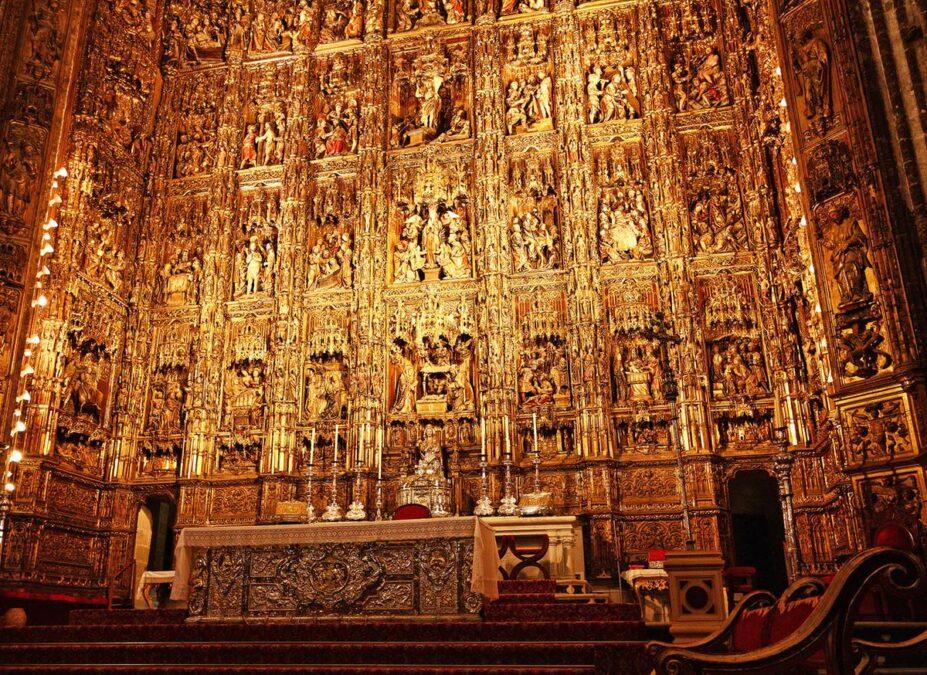 Sevilla Katedrali dünyanın en güzel katedralleri listelist