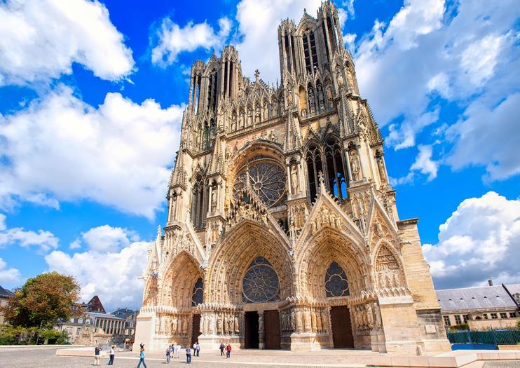 Reims Notre Dame Katedrali dünyanın en güzel katedralleri listelist