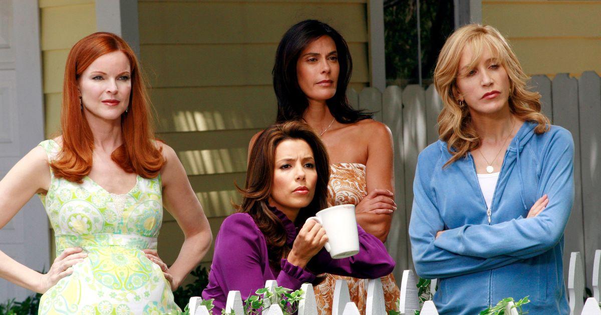 Desperate Housewives bol ödüllü diziler listelist