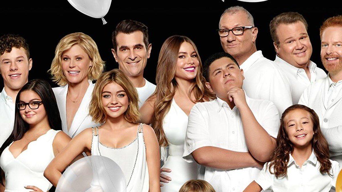 Modern Family bol ödüllü diziler listelist