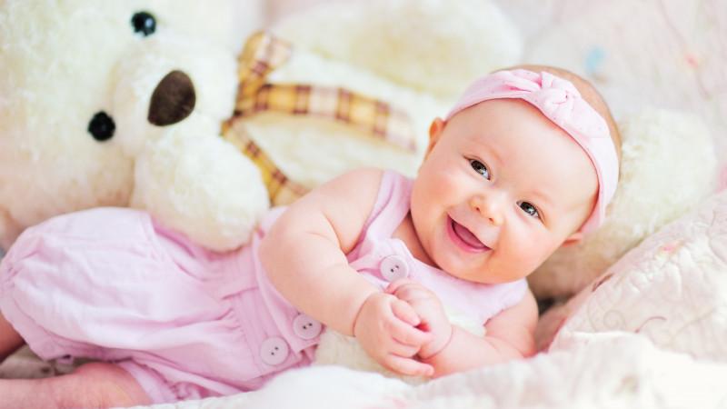 4 aylık bebek gelişimi nasıl olur boyu listelist