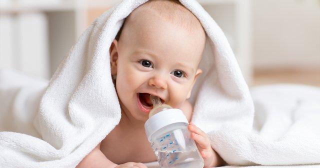 4 aylık bebek su içebilir mi listelist