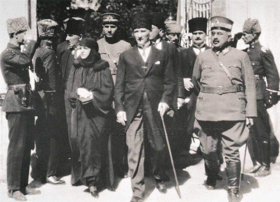 atatürk gazi günü samsun gezisi 1924 eylül listelist