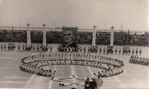 19 mayıs tarihçesi nasıl bayram oldu atatürk 1939 listelist