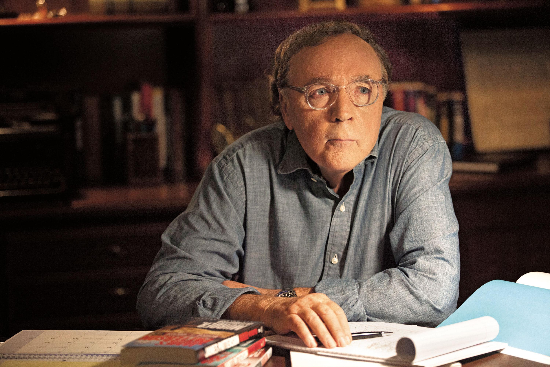 James Patterson en çok kazanan yazarlar listelist
