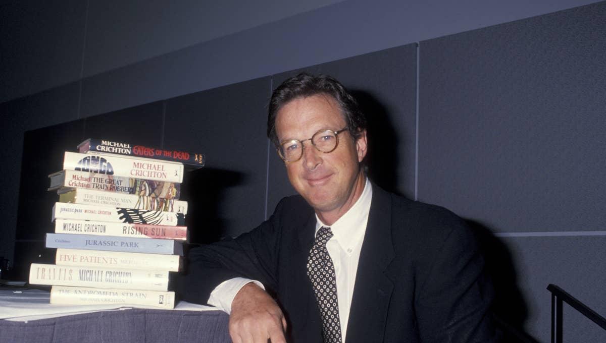 Michael Crichton en çok kazanan yazarlar listelist