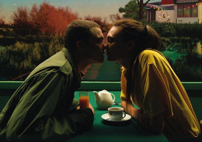 öpüşme araştırma öpüşmenin tarihçesi neden dudaktan öpüşülür neden öpüşürüz listelist