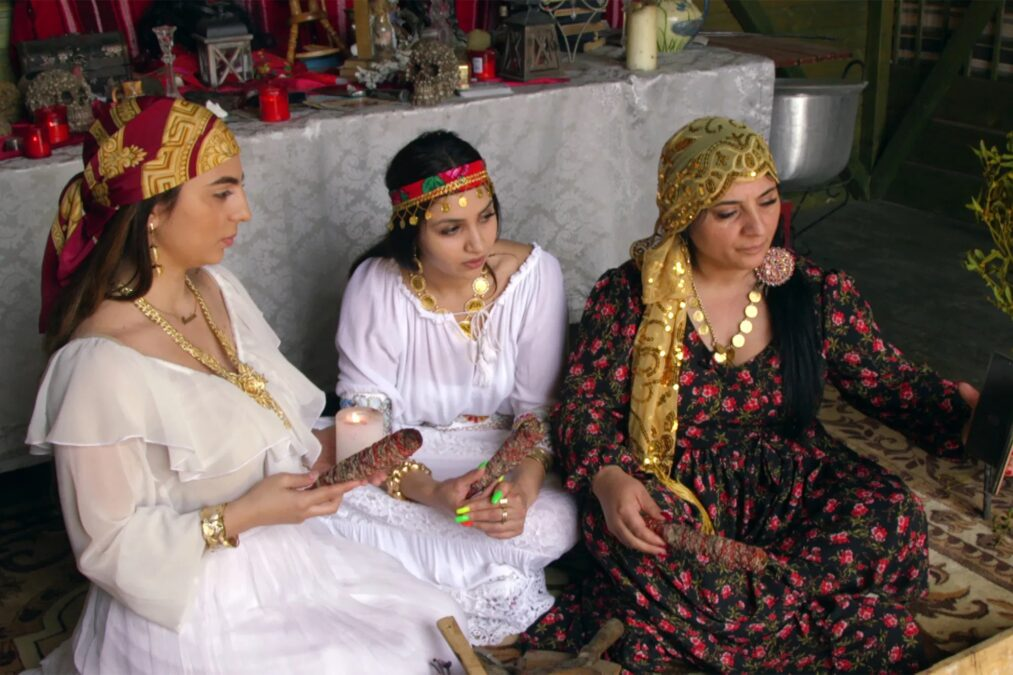 romanya büyücüler falcı kadın listelist