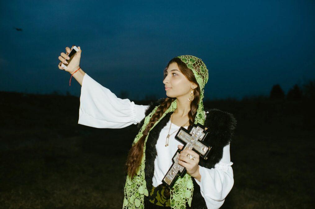romanyada büyücüler falcı devlet vergi gelenek listelist