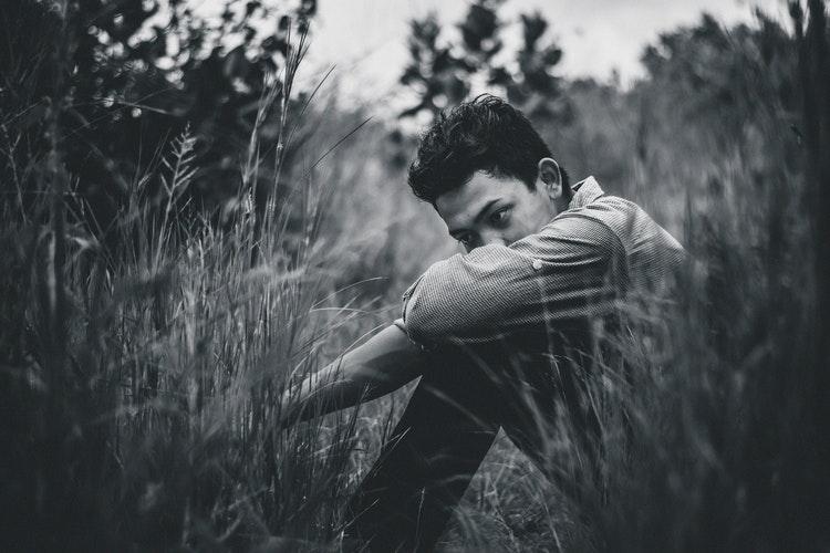 yalnız hissetmek