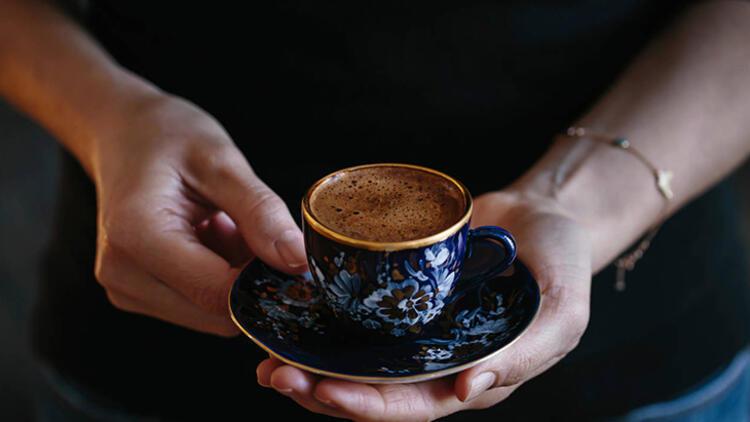 bol köpüklü Türk kahvesi nasıl yapılır listelist