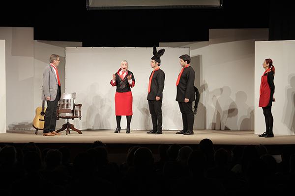 ferhan şensoy tiyatro oyunları